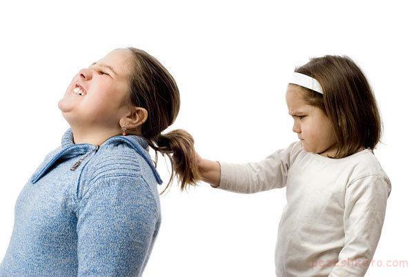 چرا کودکان به کتک زدن روی می آورند