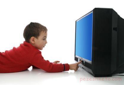 اثرات مخرب تلویزیون روی کودک