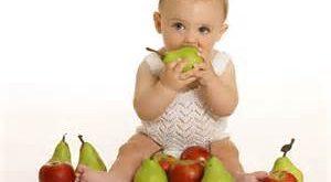 کودک 300x165 - مواد غذایی ممنوعه برای کودک زیر یک سال